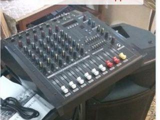 Aparatura , boxe, mixer-amplificator  yamaha  , cabluti, , 2000 w,  tot la 8800 lei     !!