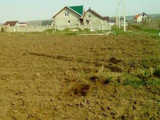 Срочно!!! продам участок под строительство.