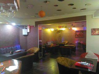 Три помещения под кофейню или бар с мебелью на Чеканах!