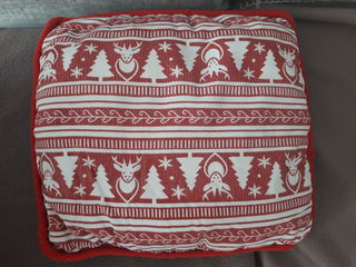 Детская подушка в кроватку или коляску