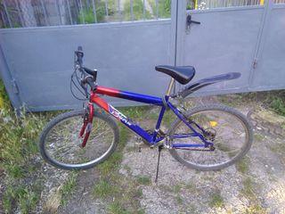 Vind urgent bicicleta 750 lei