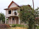 Vând casă în zona Schinoasa