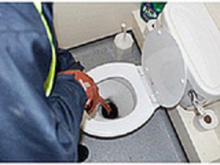 Прочистка стояков, лежаков и труб до 50м в длину Приезжаю за 1час  Santehnic.Прочистка канализации..