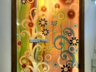 Стеклянные душевые и много интересного из стекла.