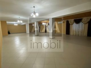 Vânzare spațiu comercial - casă de nunți, r. Strășeni, satul Negrești