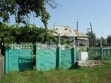 Casa in centrul satului urgent !!!