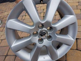 Куплю один такой диск : Toyota: 5х100 r16