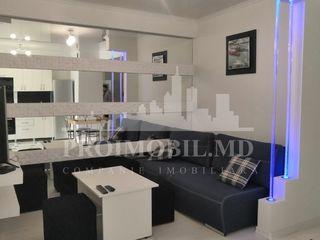 Chirie, sect. centru, ice bravo, 1 cameră + living, 300 euro!!!