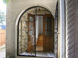 Дом. Срочная продажа или обмен на небольшую квартиру + деньги. А. Крихан/В. Александри