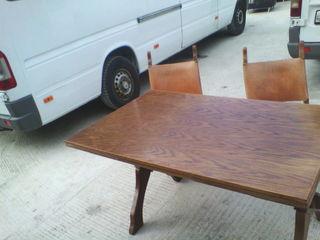 Masa cu  6 scaune din lemn