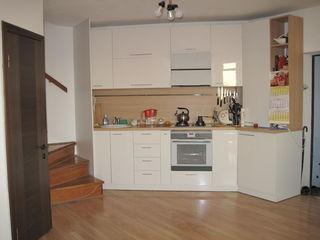 Apartament cu 3 odai in casa noua cu intrarea separata numai 43500 Euro