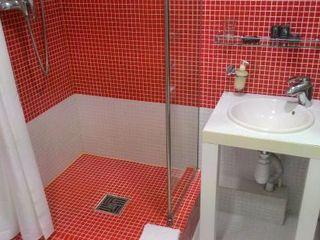 Устранение течи. Чистка канализации. Установка ванн, стиральных, унитазов, умывальников