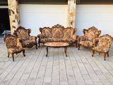Divan + fotolii + scaune + masuta