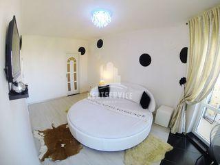 Квартиры посуточно 1-2-3  комнатные VIP в самом центре Кишинёва!