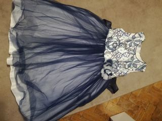 Нарядное платье, р.128