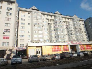 Se oferă în chirie apartament cu doua camere in bloc nou.