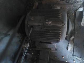электродвигатель 5.5 кв 1500 об в мин