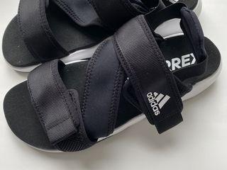 Adidas original barbați marimea 42