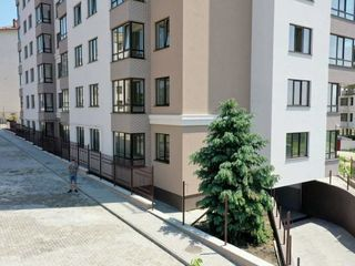 Apartament cu 2 camere+ debara!!!