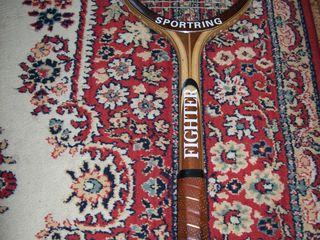 Теннисная ракетка - 300 lei !!!