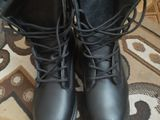 Срочно ботинки новые кожа 43 размер