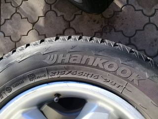 Hankook 215/65 R16 de iarna