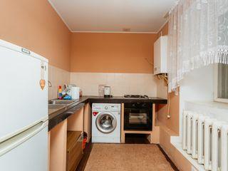 Codru! Apartament la sol, stare locativă, 62 mp! 32 000 euro!