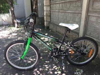 Спортивный велосипел