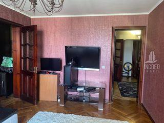 Apartament cu 4 odai