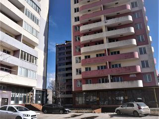 Oferim spre vinzare apartamente cu 1,2,3 camere in varianta alba ,or.Ungheni,str.Romana !!