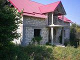 Se vinde casă în comuna Lozova r-onul Straășeni la 45 minute de Chișinău.