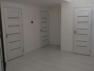 Apartament superb cu 2 odai+hall in bloc nou. Reparatie euro, mobila, electrocasnice