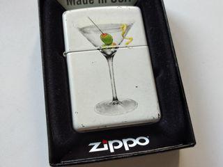 Винтажные Zippo made in USA,  в хорошем рабочем состоянии....
