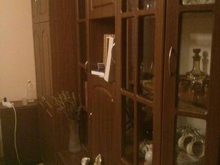 Se vinde apartament cu reparatie, mobila, tehnica + spatiu pentru garaj