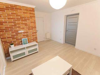 Vind apartament cu design individual