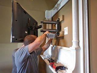 Монтаж телевизоров на стену. TV LCD, LED, плазменные. Кронштейны ТВ. Мастер. Качественно.