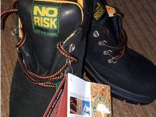 Vând papuci cu vârf metalic