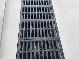 Ливневая чугунная решетка 800*400