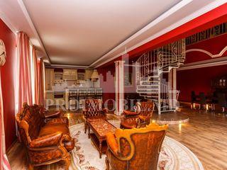 Apartament Exclusiv în 2 nivele, 210 mp, bd. Ștefan cel Mare!!!
