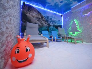 Camera Salină ImunoSalt+ Cimișlia vă invită la o cură de sănătate.