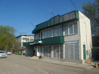 Продается 2-ух этажное здание 86кв.м, под бизнес в г. Бэлць