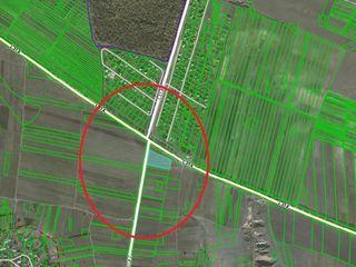 Arenda - teren pentru construcții - 58 ari, traseul L314 lîngă Peresecina