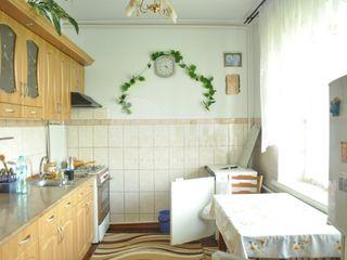 Casă în Ialoveni, în apropiere de centru, 3 odăi, 38800 € !