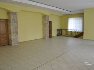Офис 300м2 на ул. Букурешть !!!
