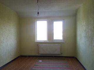 De vinzare apartament cu o odaie, zona MCS, Cahul
