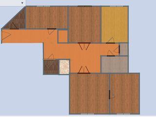 Продам большую 91 м2 4-комнатную квартиру в центре Бендер