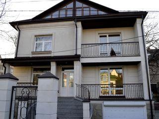 Chirie, Casă cu 2 etaje și mansardă, Telecentru, str-la Parcului, 374 m2, Zonă de elită
