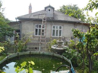 Дом в Яловенах на участке 7 соток