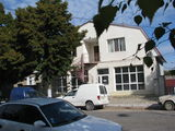Продам трехэтажное здание 300 м2. г.Окница