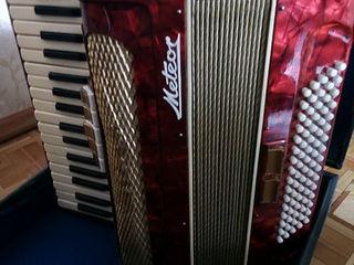 Аккордеон Meteor 80 bass Germany!!
